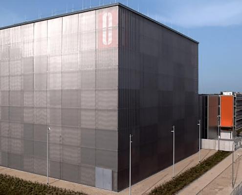 Portfolio IEP: Neubau Leibniz Rechenzentrum mit Instituts- und Hörsaalgebäude SuperComp