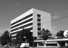 Portfolio IEP: Sanierung Hochschule für Elektrotechnik und Chemie in München Dachauerstraße - schwarz-weiß